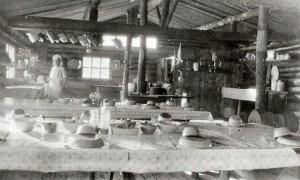 Aux chantiers de M Wilson Lafontaine en 1935